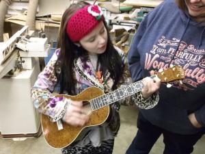 EmiSunshine with jayne henderson ukulele
