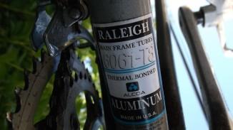 raleigh technium frame
