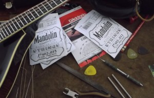 changing strings collings mt2