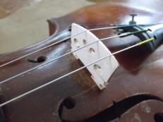 violin-bridge-properly-set-up