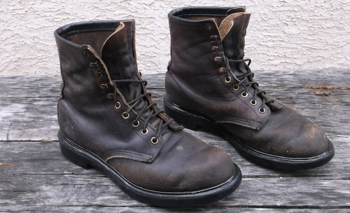 red wing boots cleaned oiled