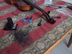 fitting violin pegs 1